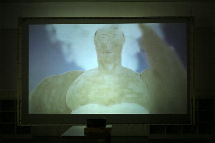 映像プログラム:川口恵里《花と嫁》4年教室