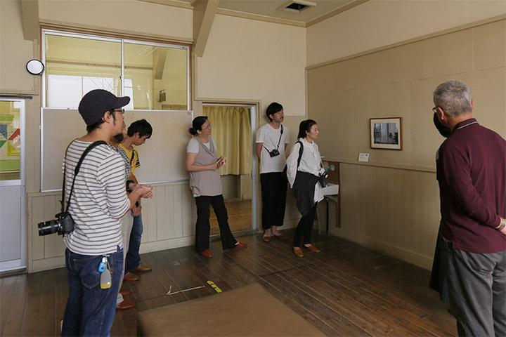 アーティストの竹田尚史さんが自作を例にコンセプチュアル・アートを解説.竹田尚史ワークショップ『コンセプチュアル・アート??』