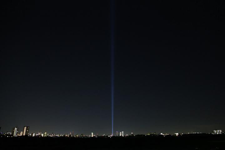 庄内川水分橋付近からのスペクトラナゴヤ. 25日. 池田亮司《spectra[nagoya]》