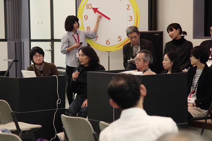 トリエンナーレと万博を比較しながら今後のあり方を語るアーティストの山本高之さん