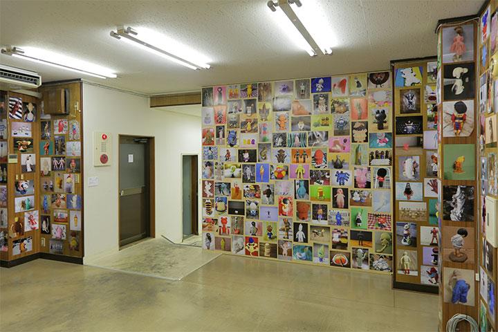 山下拓也 《ばいばいの写真(インターネットオークションに出品されている商品の画像》八木兵丸の内8号館2階