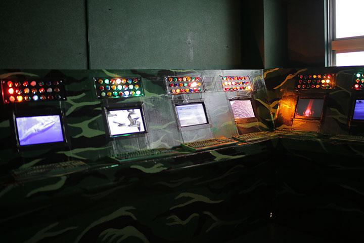 ケーシー・ウォン《鳥と魚のための尖閣諸島・釣魚台》八木兵丸の内8号館3階