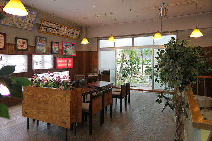 菅沼朋香《まぼろし喫茶》八木兵丸の内8号館4階