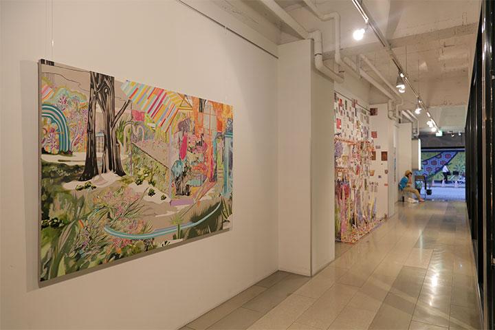 水野里奈《シュヴァルの理想宮を》ARTISANビル 1階内壁 A日程(8月10日 ~9月16日)