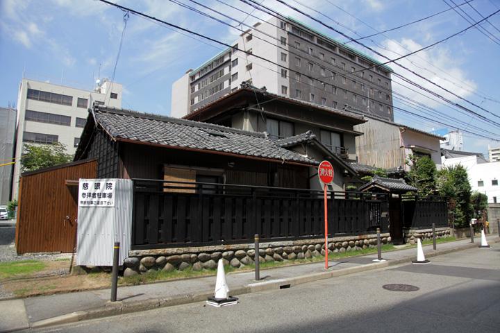 慈眼院(禅寺町筋)