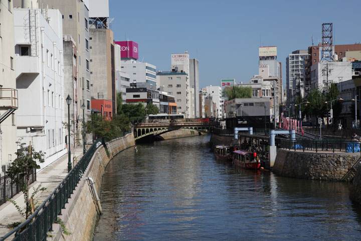 堀川と納屋橋