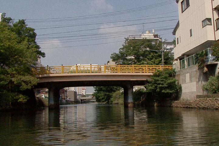 南から見た日置橋
