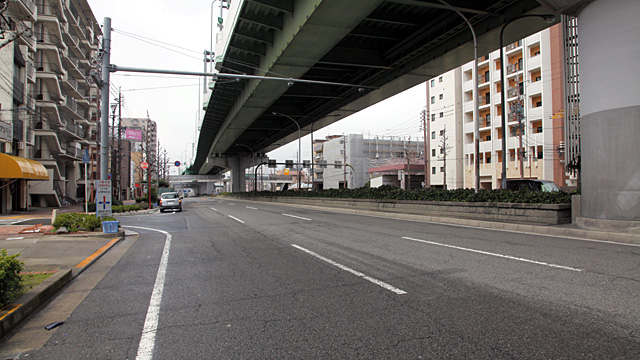 山王通の一部となった旧鎌倉街道
