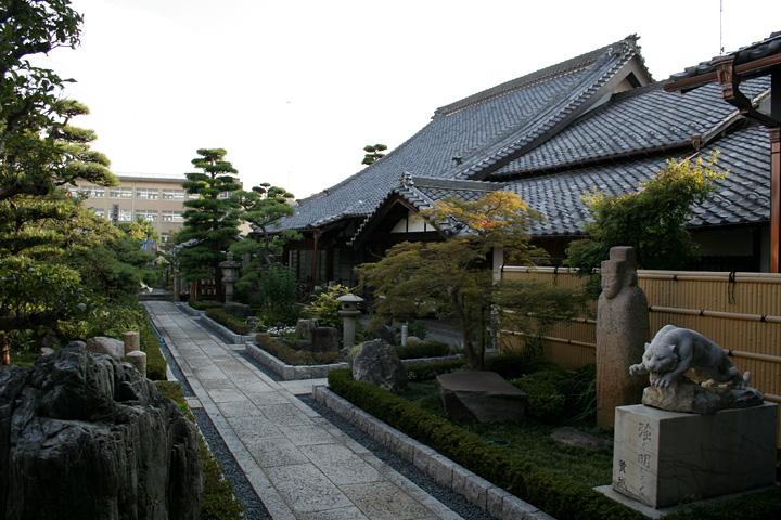 清涼寺本堂