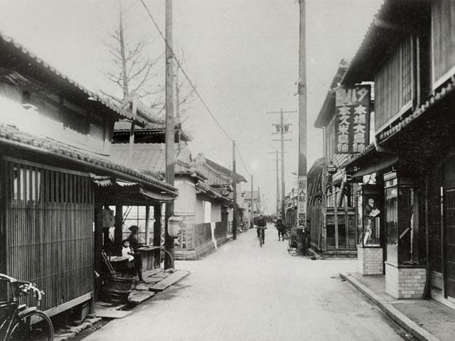 拡幅前の桜通の風景