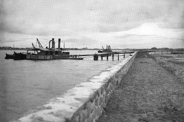 名古屋港の浚渫作業(名古屋市市政資料館所蔵の原版をデジタルリマスター)