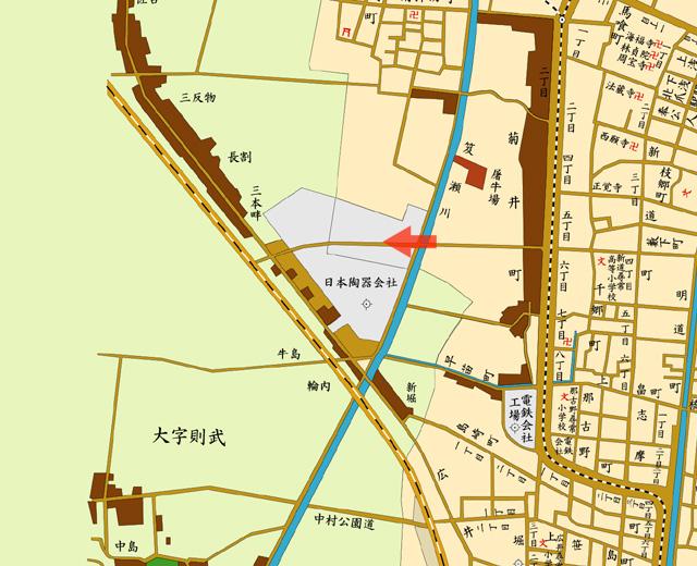 矢印の方向から日本陶器を撮影