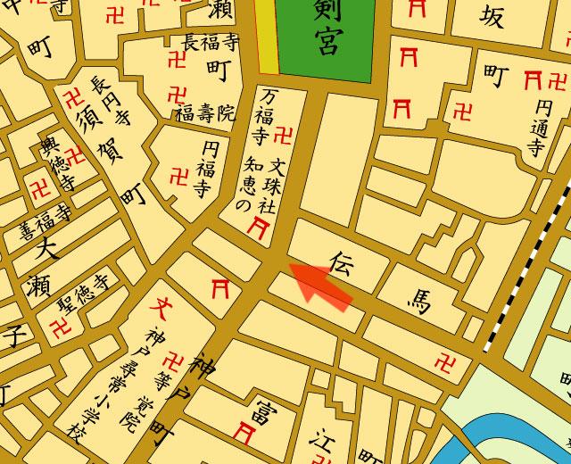 矢印の方向から上知我麻神社を撮影