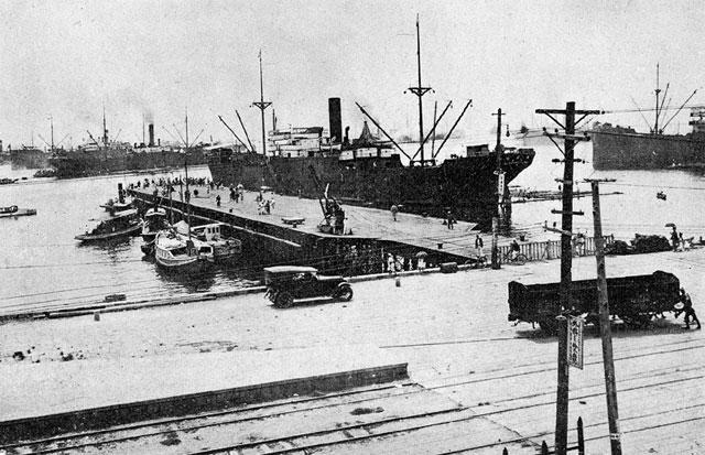 発展する名古屋港