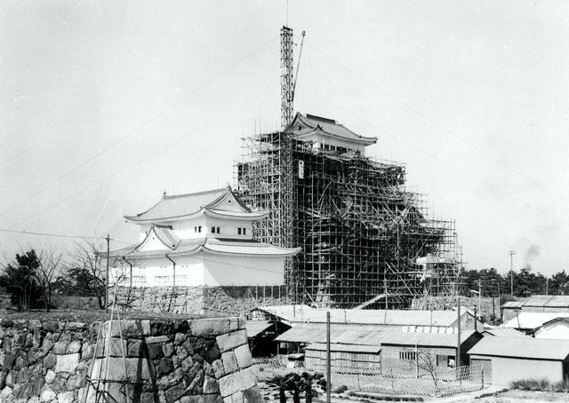 再建工事中の名古屋城-名古屋市広報課所蔵の原版をデジタルリマスター