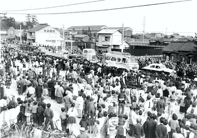 金シャチパレード(昭和34年)-名古屋市広報課所蔵の原版をデジタルリマスター