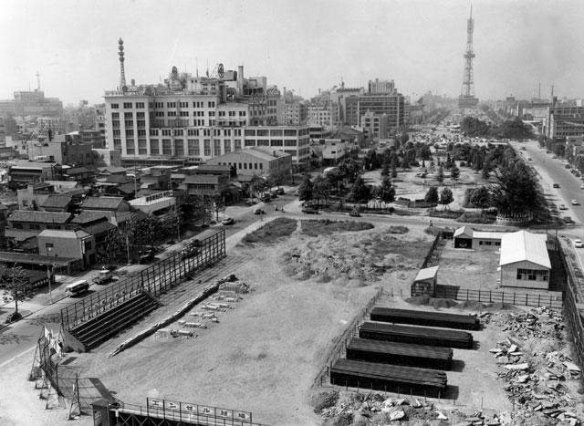 松阪屋、久屋大通(昭和30年代中頃)