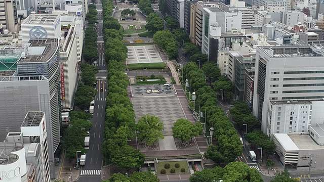 現在の風景 手前:エディオン久屋広場 奥:エンゼル広場