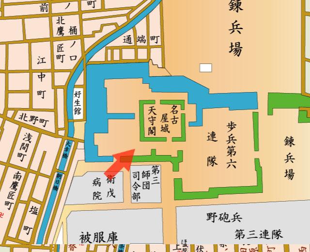 矢印の方向から名古屋城と本丸御殿を撮影