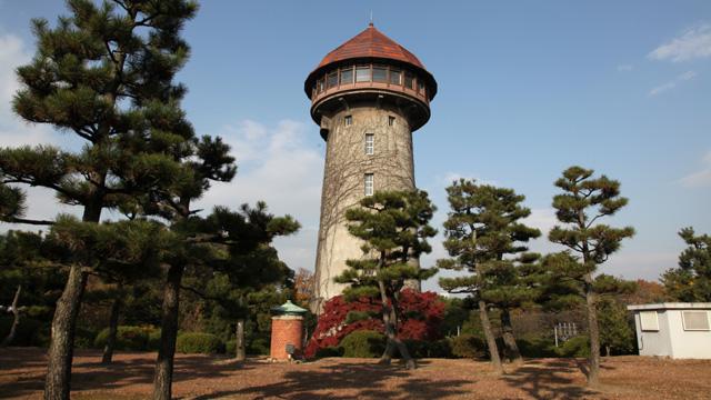 現在の東山給水塔