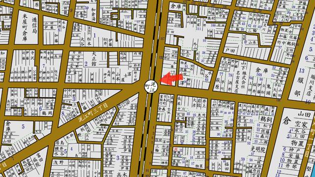 矢印の方向から桜通江川線泥江町交差点を撮影