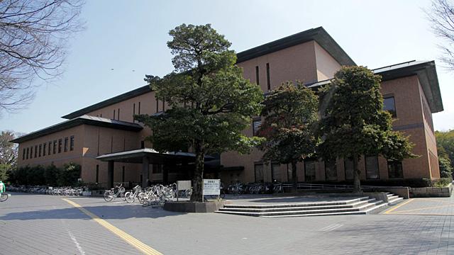 現在の鶴舞中央図書館