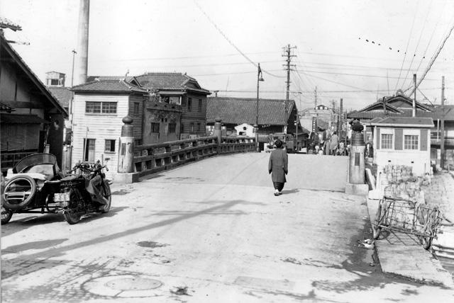 堀川  改修前の五条橋