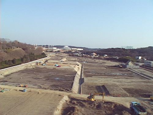 駐車場から農地へ復元工事(2006年3月)