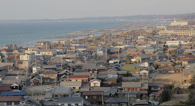伊勢湾に面してのびる美浜町の西岸