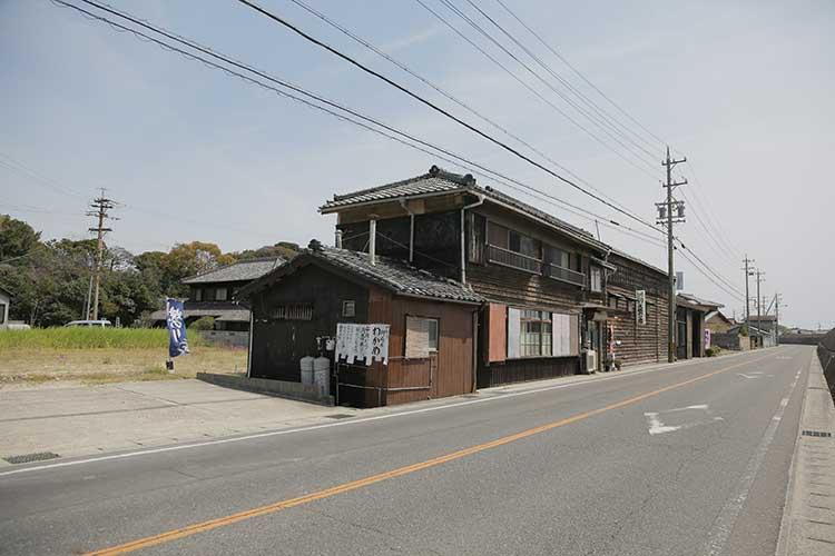 熊野神社前の知多街道
