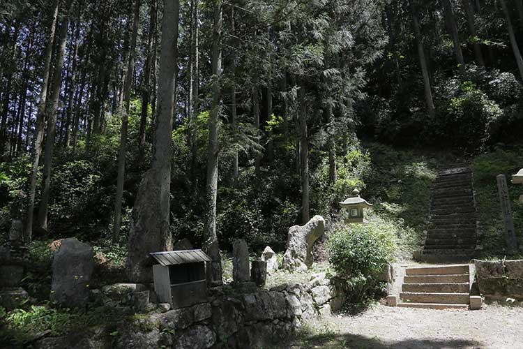 平沢の神社