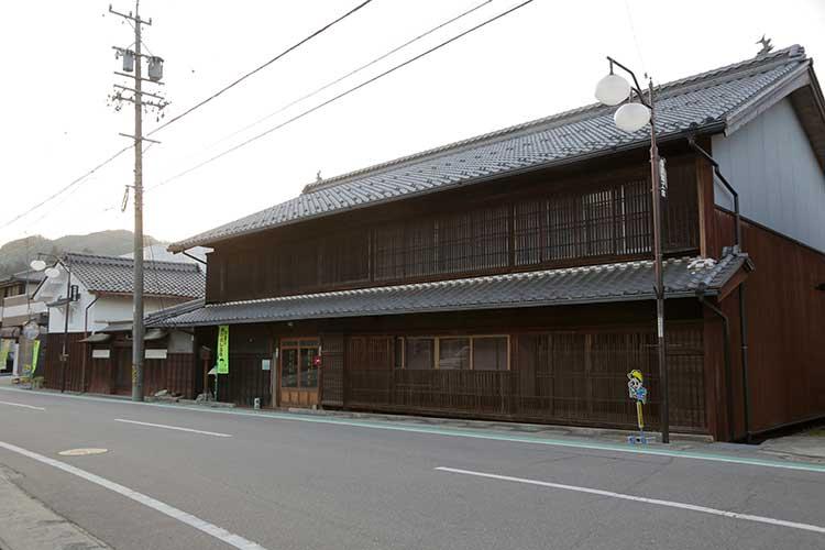 大和屋と旧飯田街道