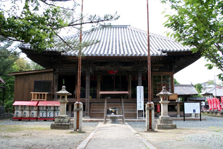 三明寺本堂