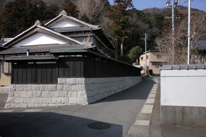 白鳥神社付近の伊勢街道(養老町桜井)
