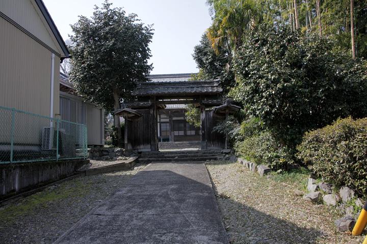 西林寺(養老町一色)