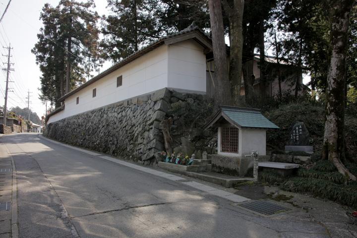 木曽神社と地蔵尊