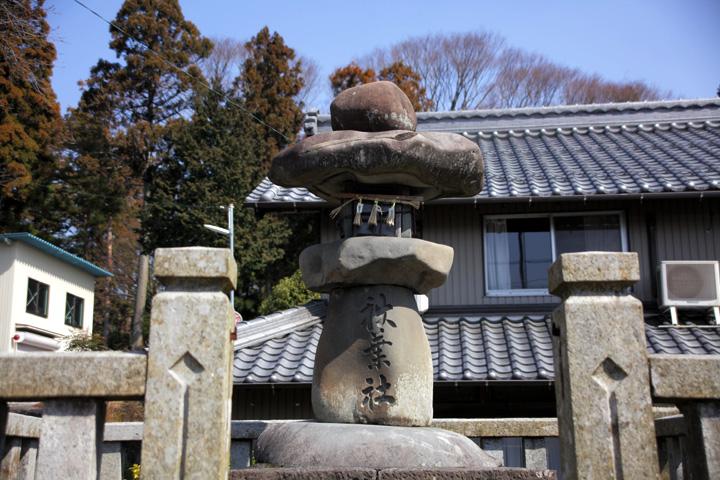 八幡神社(石津町山門)