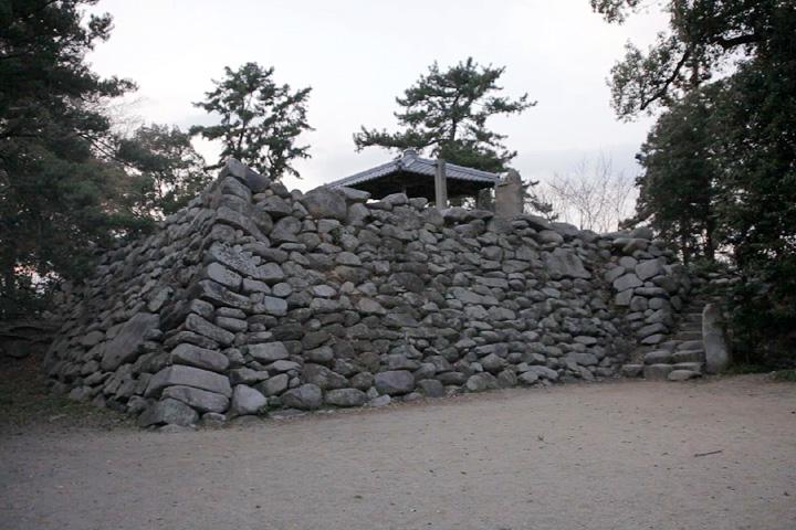 神戸城天守台