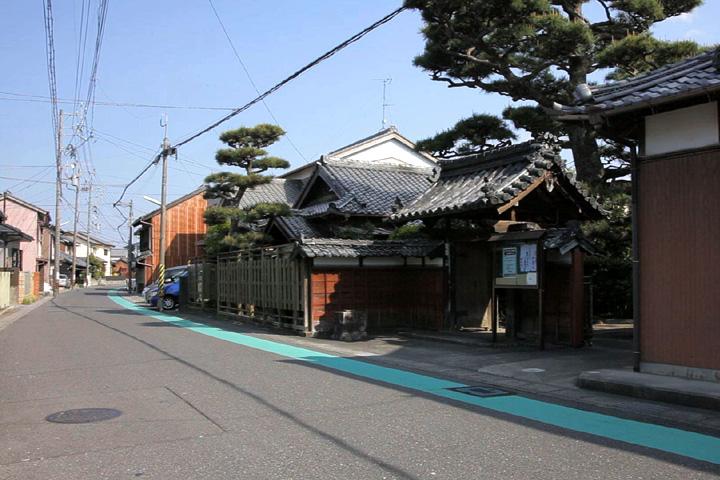 浄願寺前の伊勢街道