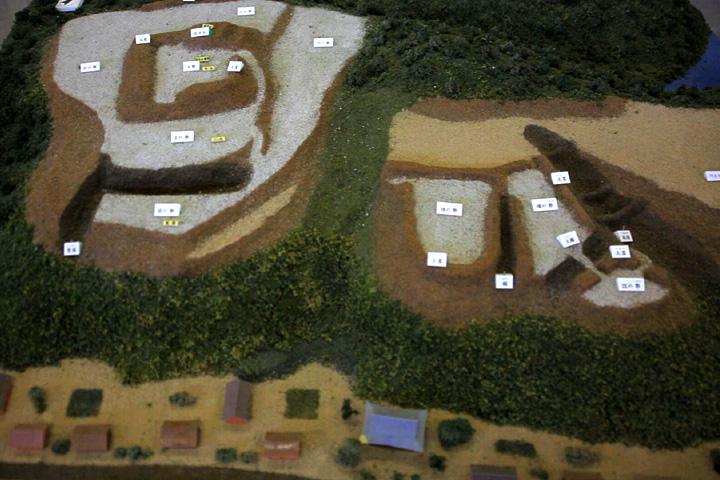 伊勢上野城址模型