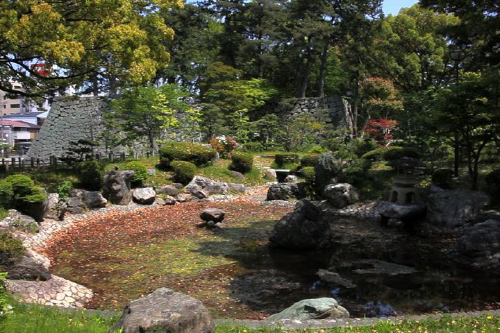 津城跡日本庭園