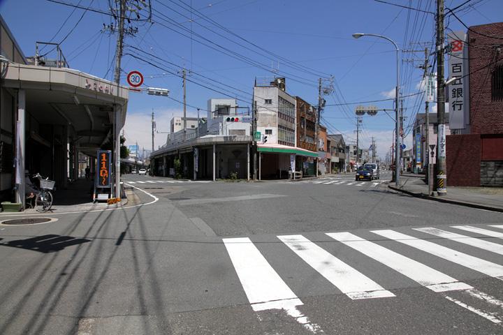 筋向橋(伊勢本街道と参宮街道合流点)