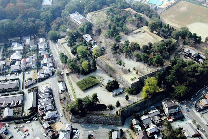 松阪城跡(提供松阪市)