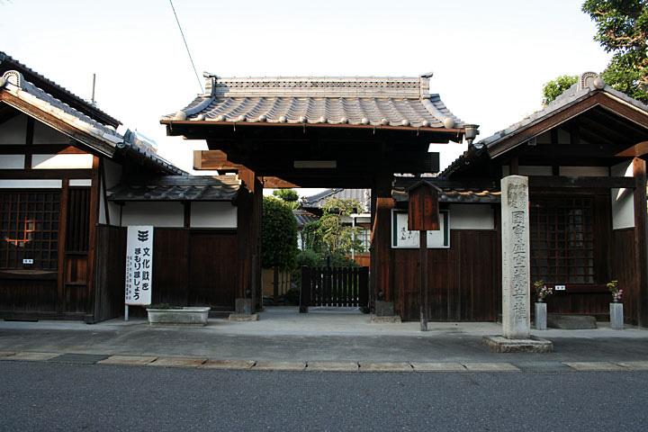 亀翁寺(重要文化財の木造虚空蔵菩薩坐像を安置)
