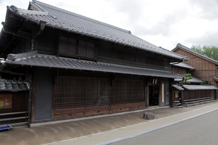 旧武藤家住宅(鵜沼宿町屋館)