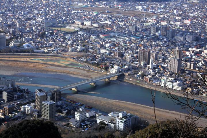 金華山山頂からの風景(金華橋)