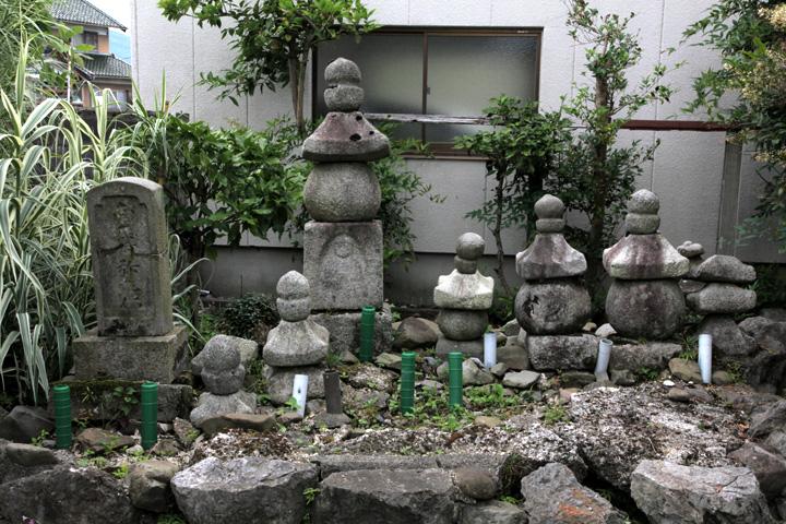 小篠竹の塚