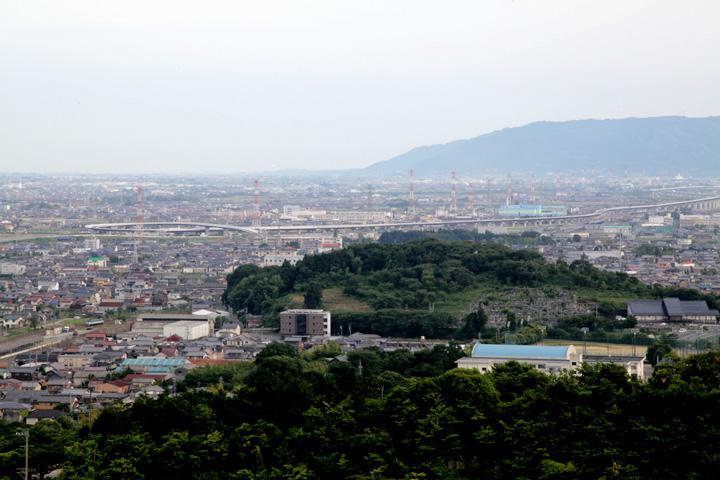 勝山(家康本陣跡)