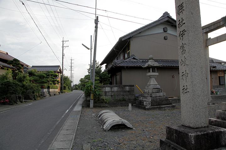 伊富岐神社一の鳥居