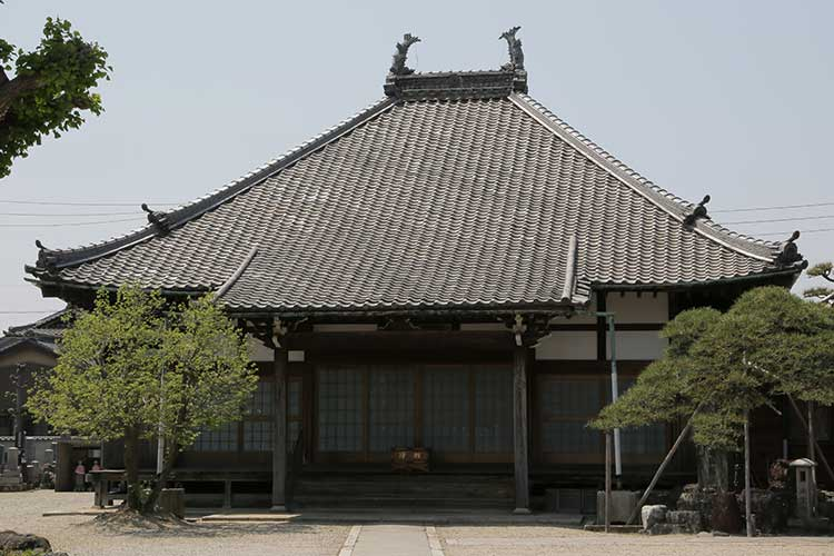 法栄寺本堂